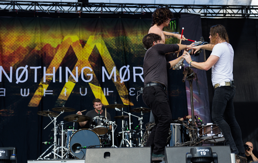 nothing more - knotfest