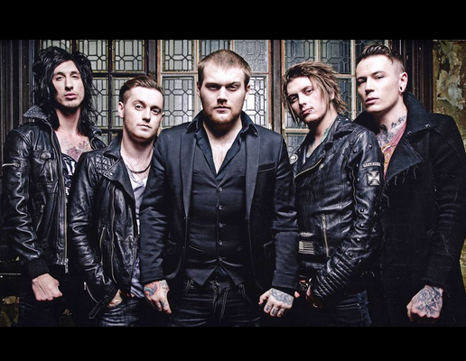 La espera terminó, Asking Alexandria lanzó Into The Fire
