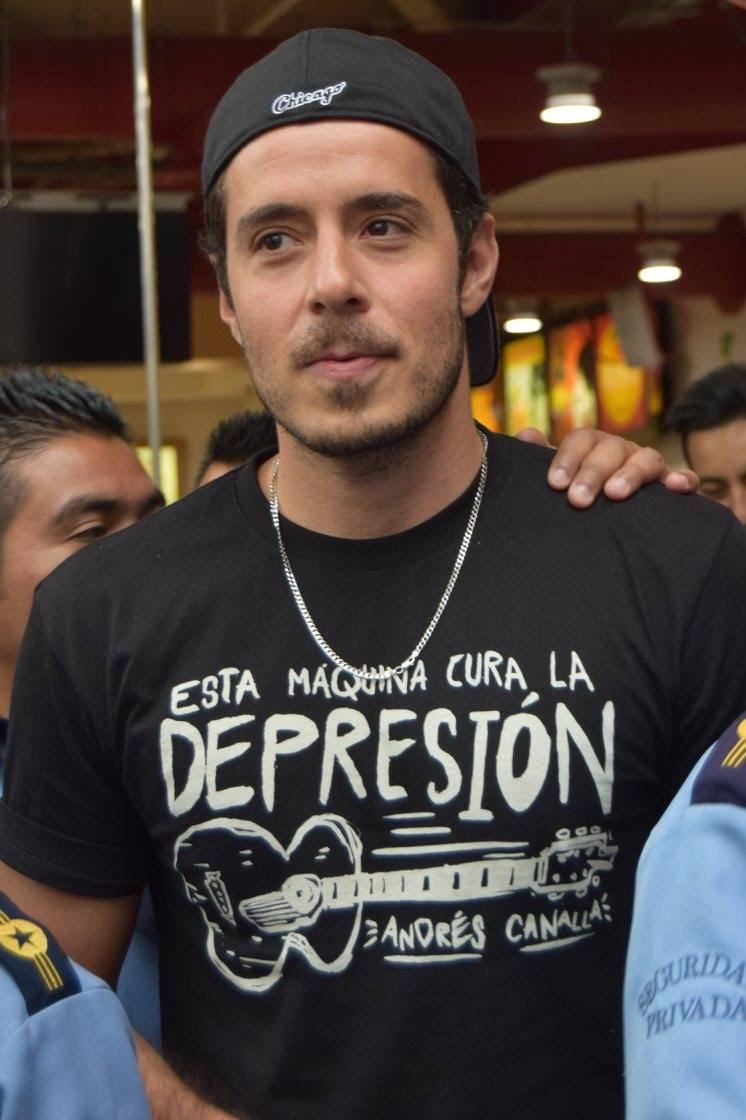 Andrés Canalla nos conmueve con La Canción Más Triste Del Mundo