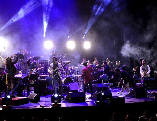 Little Jesus realizó su proyecto más ambicioso junto a la Orquesta Fantasma