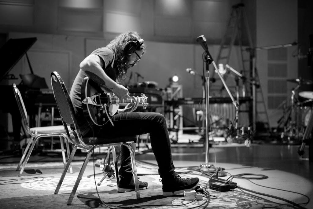 Dave Grohl y su mini documental Play
