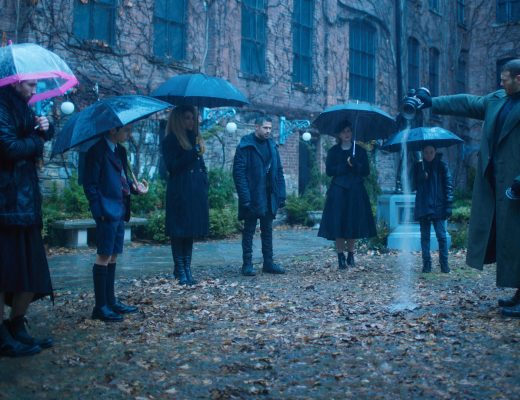 Gerard Way muestra el trailer oficial y un cover, al respecto de The Umbrella Academy