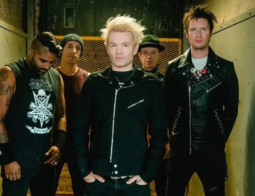 Sum 41: Lanza el video de A Death In A Family
