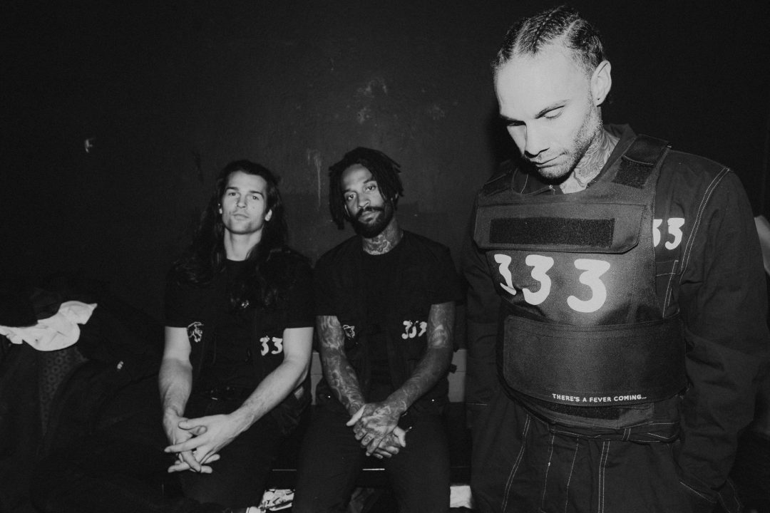 WORLD TOUR FOR THE WRONG GENERATION: Fever 333 ¡PASES GRATIS!